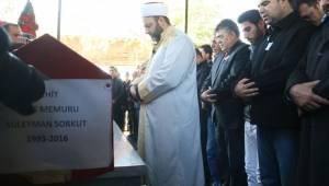 Çiftçi,Urfalı Şehit Sorkut'u son yolculuğuna uğurladı