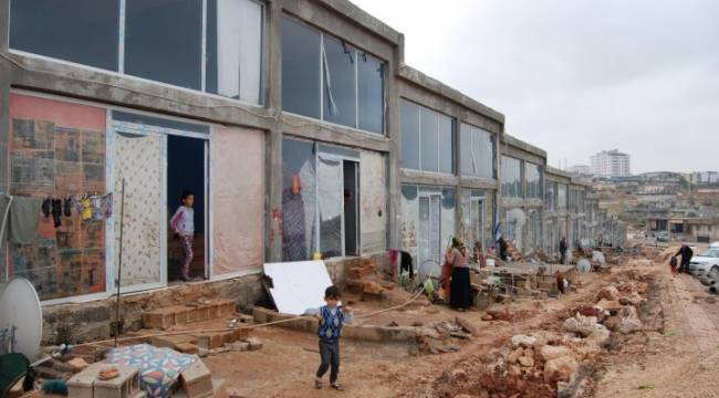 60 Suriyeli aile Fıstık Hali'nde kalıyor