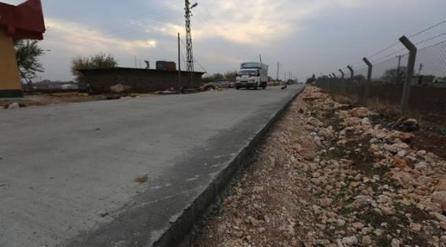 Grup yollar betonla buluşuyor