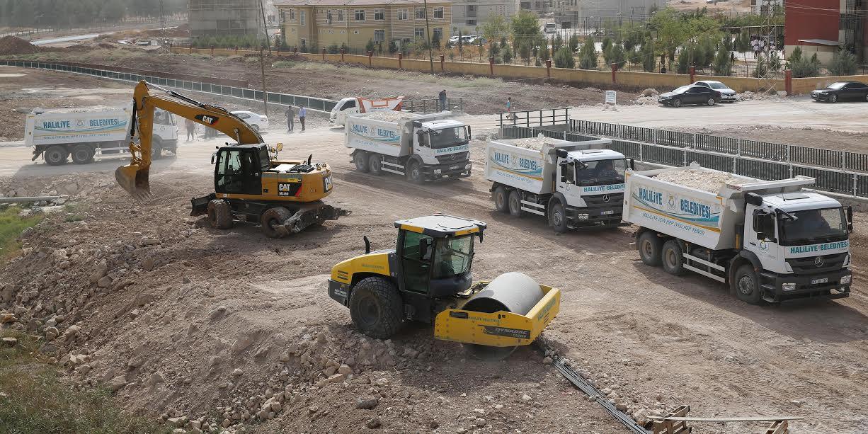 Haliliye'de 5 Mahallede 152 yeni yol açıldı