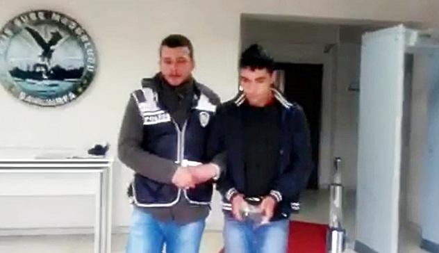 Hedefi Kadınlar olan 2 kapkaççı Sarayönünde yakalandı