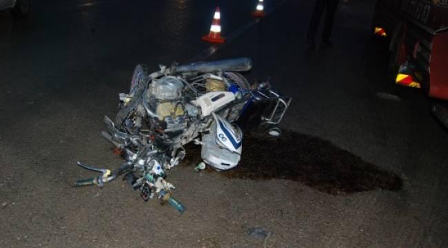 Motosiklet kazası: 1 ölü 3 yaralı