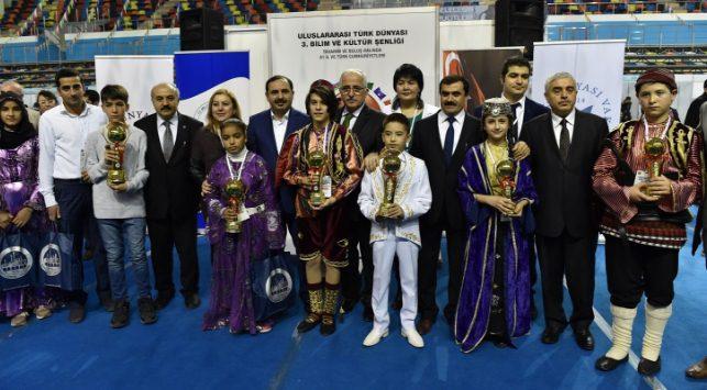 Türk Dünyası 3. Bilim ve Kültür ödülleri sahiplerini buldu