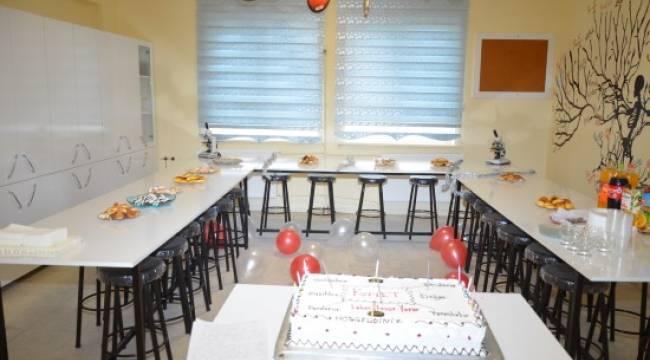 Uluğbey Ortaokulu Fen Laboratuvarına Kavuştu