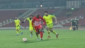 Urfaspor Bal Kes deplasmanından puan ile dönüyor