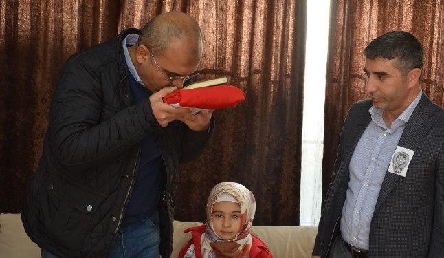 Viranşehir'de Bayrak ve Kuran'ı Kerimli ziyaret