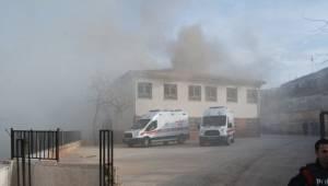 Eyyübiye İlkokulunda Yangın çıktı