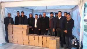 Halap'teki çocuklara bir yardım da Akil Gençlerden