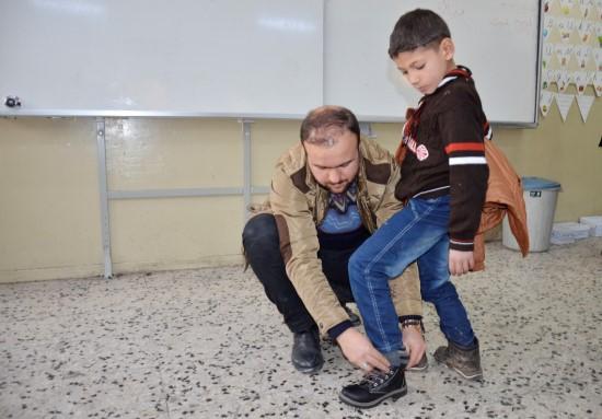 Şanlıurfa'da 423 Suriyeli öğrenciye yardım