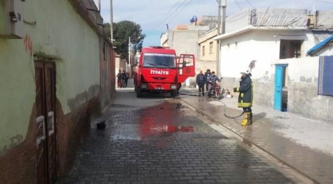 Suruç'ta bir evde tüp patladı
