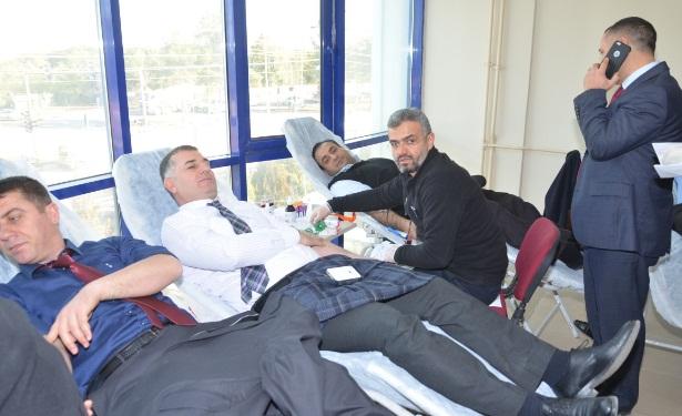 Viranşehir İlçe Milli Eğitim Müdürlüğü kan bağışladı