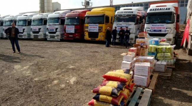 10 TIR yardım malzemesi Suriye'ye gönderildi