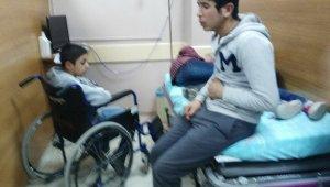Adıyaman'da 21 öğrenci zehirlenme şüphesiyle hastaneye kaldırıldı