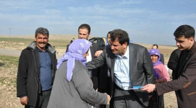 """Başkan Ayhan """"evet"""" için sahada"""