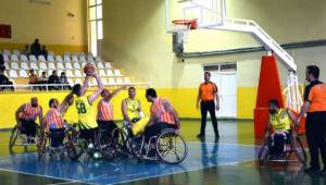 Ceylanlar, Antalya Asat Gençlik Spor'u devirdi