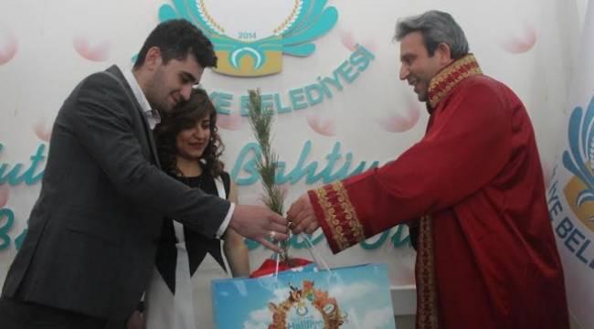 Haliliye 14 Şubat'ta 28 çiftin nikahı kıyıldı-Videolu Haber