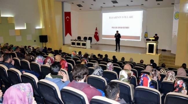 Harran Üniversitesinde başarının yolları anlatıldı