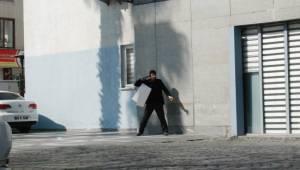 Urfa Belediyesinden çıkarılan işçi intihar etmek istedi