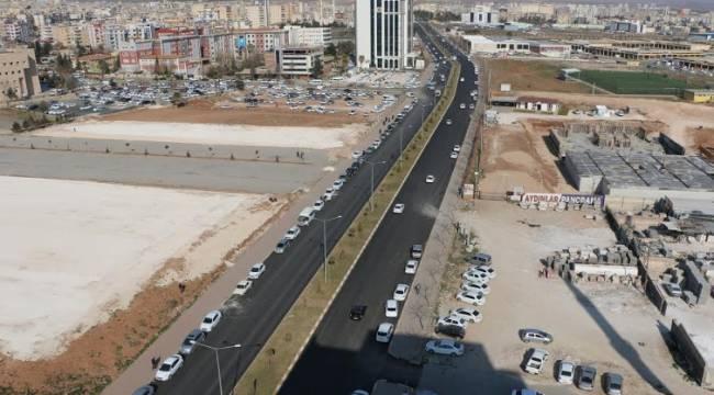 Şanlıurfa'da 3 İlçeyi birbirine bağlayan yol asfaltlanıyor-Videolu haber