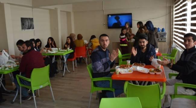 Siverekli STK'lardan üniversite öğrencilerine yemek desteği