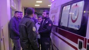Urfa'da Ambulans içindeki yaralılara linç girişiminde bulundular