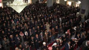 Urfa'da Şehitler için okutulan mevlide binlerce kişi katıldı
