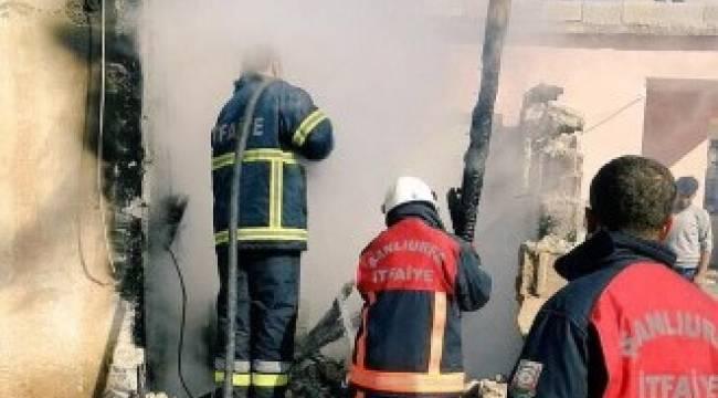 Yangın çıkan evde tüp patladı