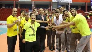 Haliliye voleybol takımı şampiyon oldu