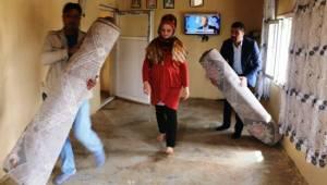 AKçakale'de engelli ailenin evi yenilendi