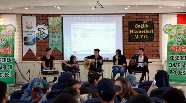 Engelli Grup Dama Ekibinden Üniversite Öğrencilerine Konser