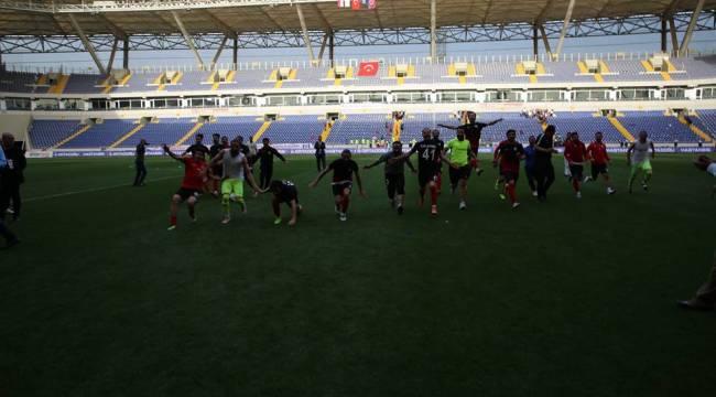 Karaköprü Belediyespor 3. Lig'e çıktı