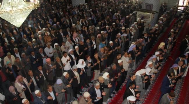 Peygamberler şehri Urfa'da Miraç Kandili