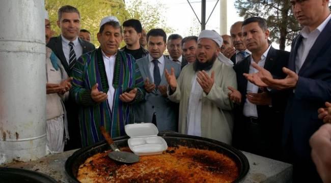 Urfa'daki Özbek Türklerinden Kutlu Doğum Etkinliği