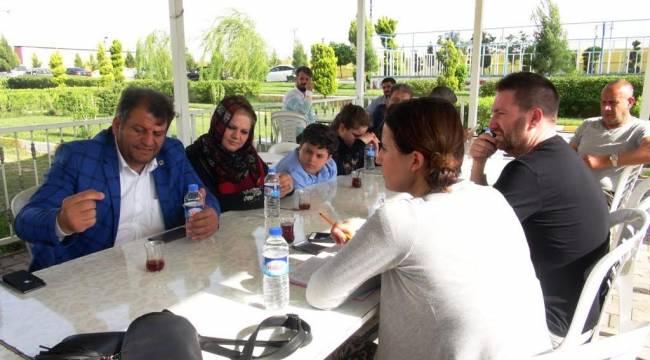 Ayhan'dan İngiliz gazeteciye tokat gibi cevaplar-Videolu Haber