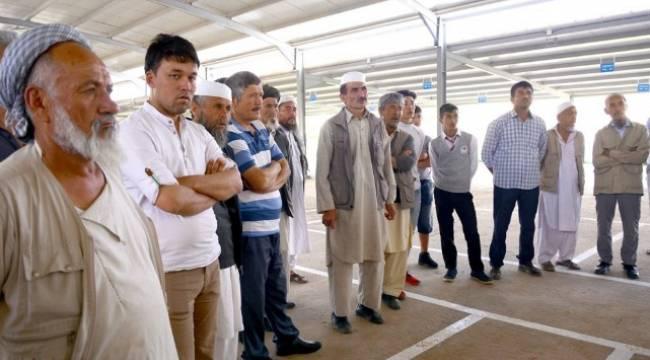 Özbek pazarcıların yerleri kur'ayla belirlendi-Videolu Haber