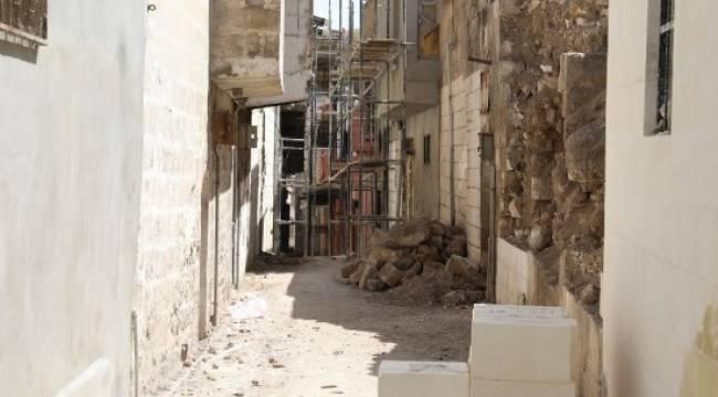 Tarihi Urfa sokakları yeniden hayat buluyor - Video Haber