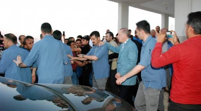 Cumhurbaşkanı Erdoğan'dan Urfa'da duygulandıran ziyaret