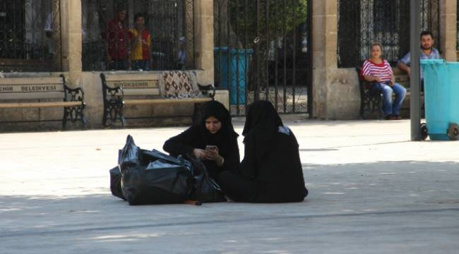 Suriyeliler Bayramı Hüzünle Karşıladı