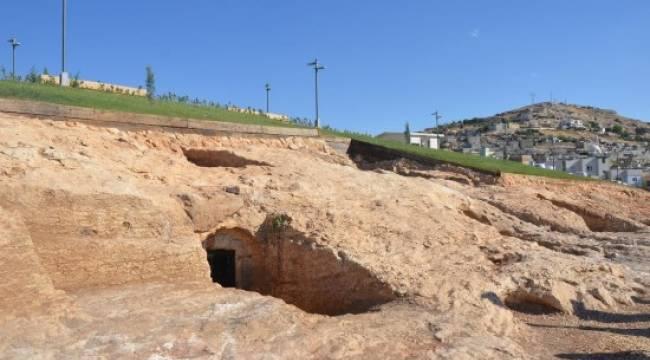 Urfa kale eteği kaya mezarları projesinde sona doğru
