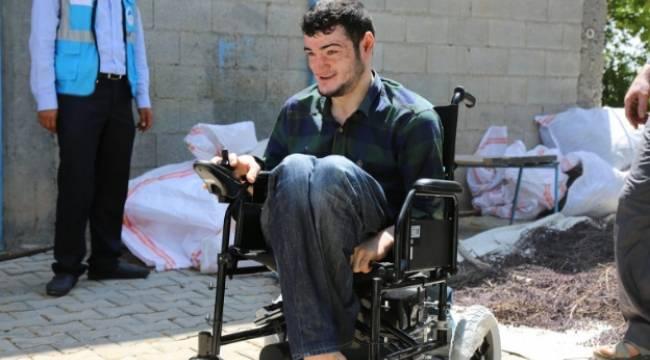 Bedensel engelli genç hayaline kavuştu-Videolu Haber