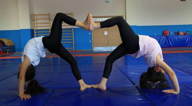 Jimnastik İle Geleceğin Sporcularını Yetiştiriyor