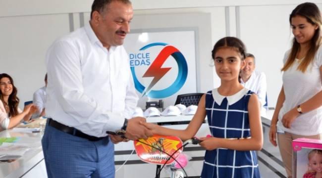 DEDAŞ'ın resim yarışmasının ödülleri dağıtıldı