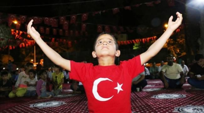 Demokrasi nöbetinin 4'üncü günü de dolu dolu geçti-Videolu Haber