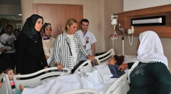 Güler Baydilli'den Hastalara Moral Ziyareti-Videolu Haber