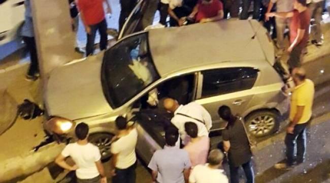 Kamyon trafikteki araçların arasına daldı: 4 yaralı