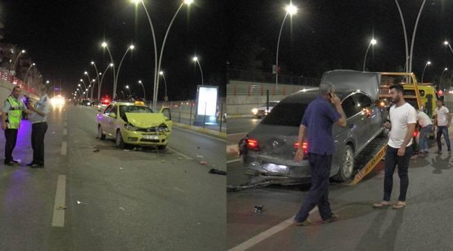 Urfa'da aracı itelemeye çalışan kadına başka araç çarptı