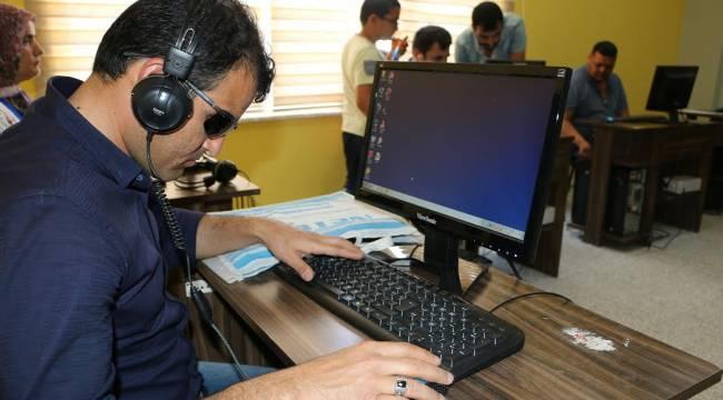 Urfa'da Görme Engellilere Bilgisayar Kursu-Videolu Haber
