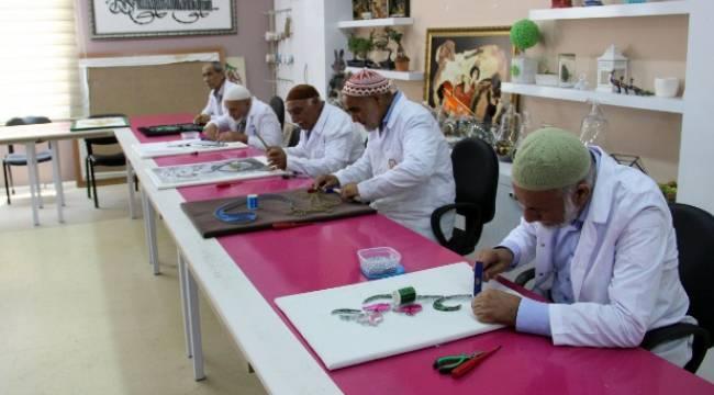 Urfa'da Yaşlılar Sosyalleşiyor
