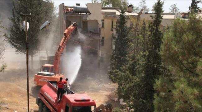 300 Evler'in yıkım çalışmaları başladı-Videolu Haber