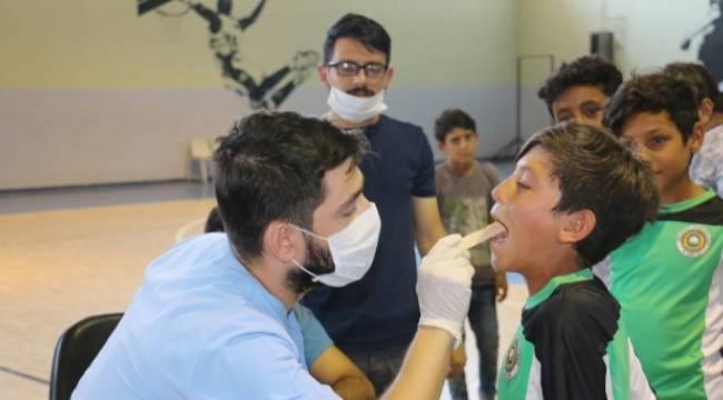 Akçakale'de 800 çoçuğun dişleri tarandı-Videolu Haber